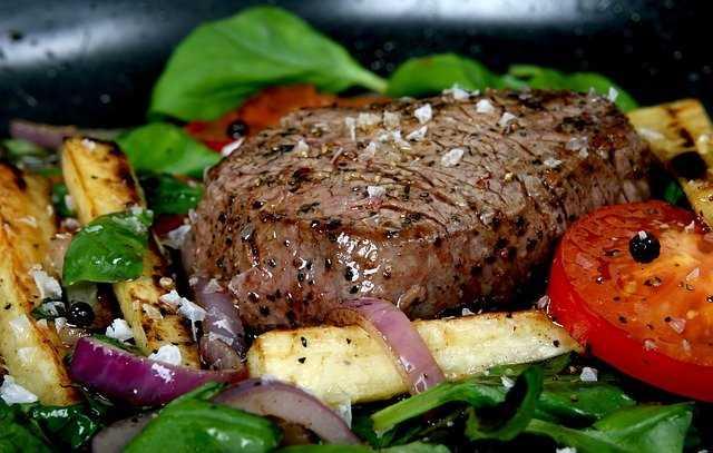 Essen gegen den Durst: Ernährung für Alkoholiker