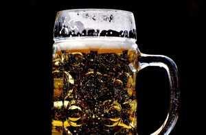"""""""Alkohol gefährdet Ihre Gesundheit"""" – EU plant verpflichtenden Warnhinweis"""
